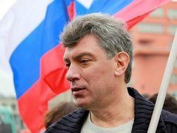 Немцов: Новогодний подарок России будет в виде резкого роста цен на бензин