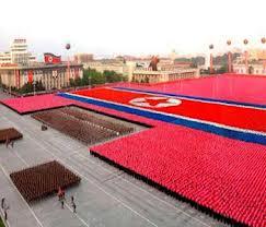 Любимое зрелище в КНДР - парады