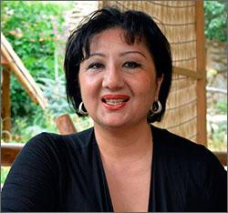 Лидер оппозиции Узбекистана призывает объединиться вокруг Чориева