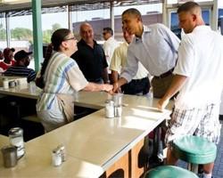 Обама в ресторане