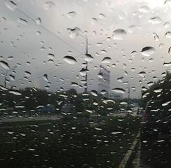 В Москве опять дождит