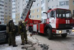 ТОП видео: отец выбросил с 9 этажа сына, чтобы... спасти