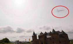 Над старинным замком в Голландии сфотографировали НЛО