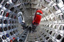 Автомобильный рынок глазами трейдеров: мировые продажи и объемы производства растут