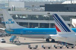 Air France-KLM заявила о сокращении убытков в 2012 году на 15 процентов