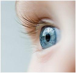 О чем сигнализирует цвет глаз человека