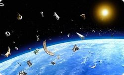 Завтра МКС может столкнуться с космическим мусором