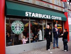 Политика Starbucks в Англии будет пересмотрена