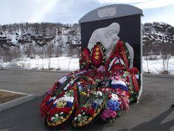 Власти Мурманска поддержали ветеранов - предложили бесплатные похороны к 9 мая