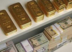 США и ЕС оказывают давление на рынок золота