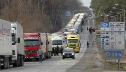 Очереди на белорусско-литовской границе не уменьшились
