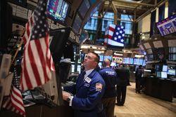 Ожидание бюджетных переговоров и статданные о продажах негативно влияют на биржи США