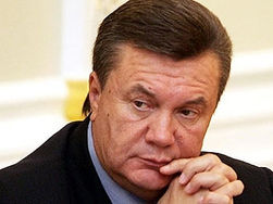 Президент Украины Янукович откроет аккаунты в Twitter и Facebook