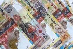 Курс тенге значительно укрепился к падающему евро