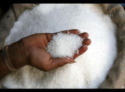 Понижен прогноз на производство сахара в Индии