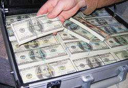 В США сорван джек-пот 221 млн. долларов. Принесет ли он счастье