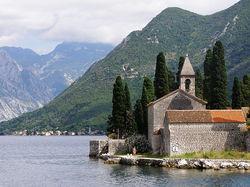 Рейтинг агентств недвижимости Черногории: определены два лидера рынка
