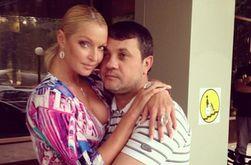 PR в СМИ: Волочкова удаляет из соцсетей фото с Салимовым
