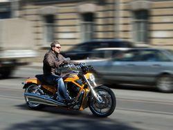 Мотоциклисты разбили зеркало авто, за что расплатились жизнями