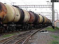 Казахстан за 9 месяцев снизил экспорт газоконденсата и нефти на 3,5 процентов