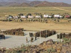 Киргызстан просит платить больше за российские военные базы