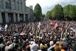 К грузинской оппозиции подтягиваются эмигранты