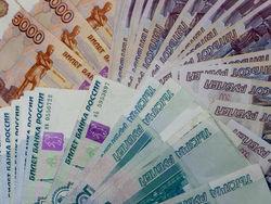 Новый год российский рубль начала с роста