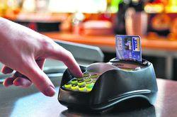Запрет на оплату крупных сумм наличными увеличит цены и не убережет от мошенников