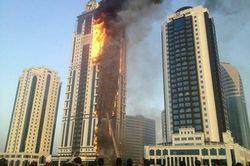 СК РФ: умышленный поджог - одна из версий причин пожара в Грозном-Сити