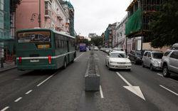 Левостороннюю улицу во Владивостоке отменили - и тут же начались ДТП