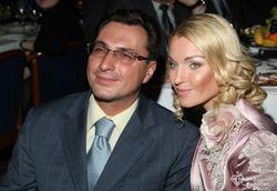 В Twitter – скандал между Волочковой и ее экс-супругом: кто кому что должен