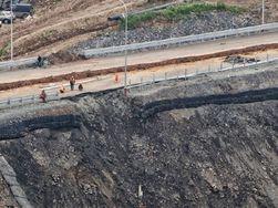 Во Владивостоке новый провал на дороге, построенной к саммиту АТЭС