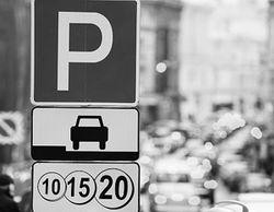 В Москве паркинги будут обслуживать парковочные инспекторы