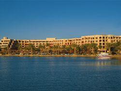 В Египте в отеле без персонала оказались тысячи туристов РФ, - АТОР