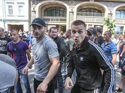 Милиция до сих пор не задержала Вадима Титушко за избиение журналистов