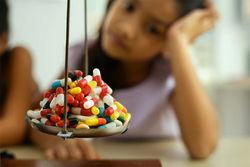 По мнению премьера украинцы на лекарства тратят 20 млрд. ежегодно