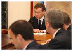 Дмитрий Медведев не смог подчеркнуть особых успехов в борьбе с коррупцией в стране