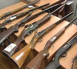 В Донецке провели добровольную сдачу оружия