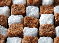 Глобальный избыток сахара оказывает давление на цены