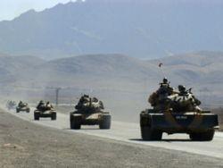 Турция стягивает войска к сирийской границе. Война неминуема?