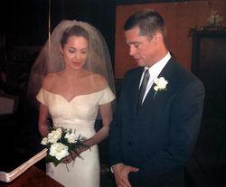 Джоли и Питт поженились
