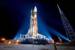США делают вторую попытку запустить на орбиту военный спутник