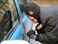 Депутаты хотят убрать штрафы и условные сроки за угон авто