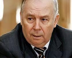 Янукович не собирается разгонять Раду – спикер Рыбак