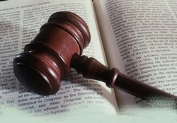Литва суд