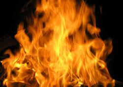 Мужчина сгорел в Днепропетровске прямо на улице