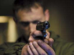Ссора в московском магазине закончилась стрельбой из травматики
