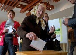 Референдум о гражданстве в Латвии можно проводить - подписи собраны