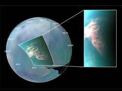 На Титане происходит смена времен года