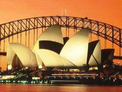 Макростатистика по Австралии поддерживает курс национальной валюты